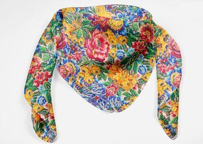 panuelo-flores2-vicente-atumedida
